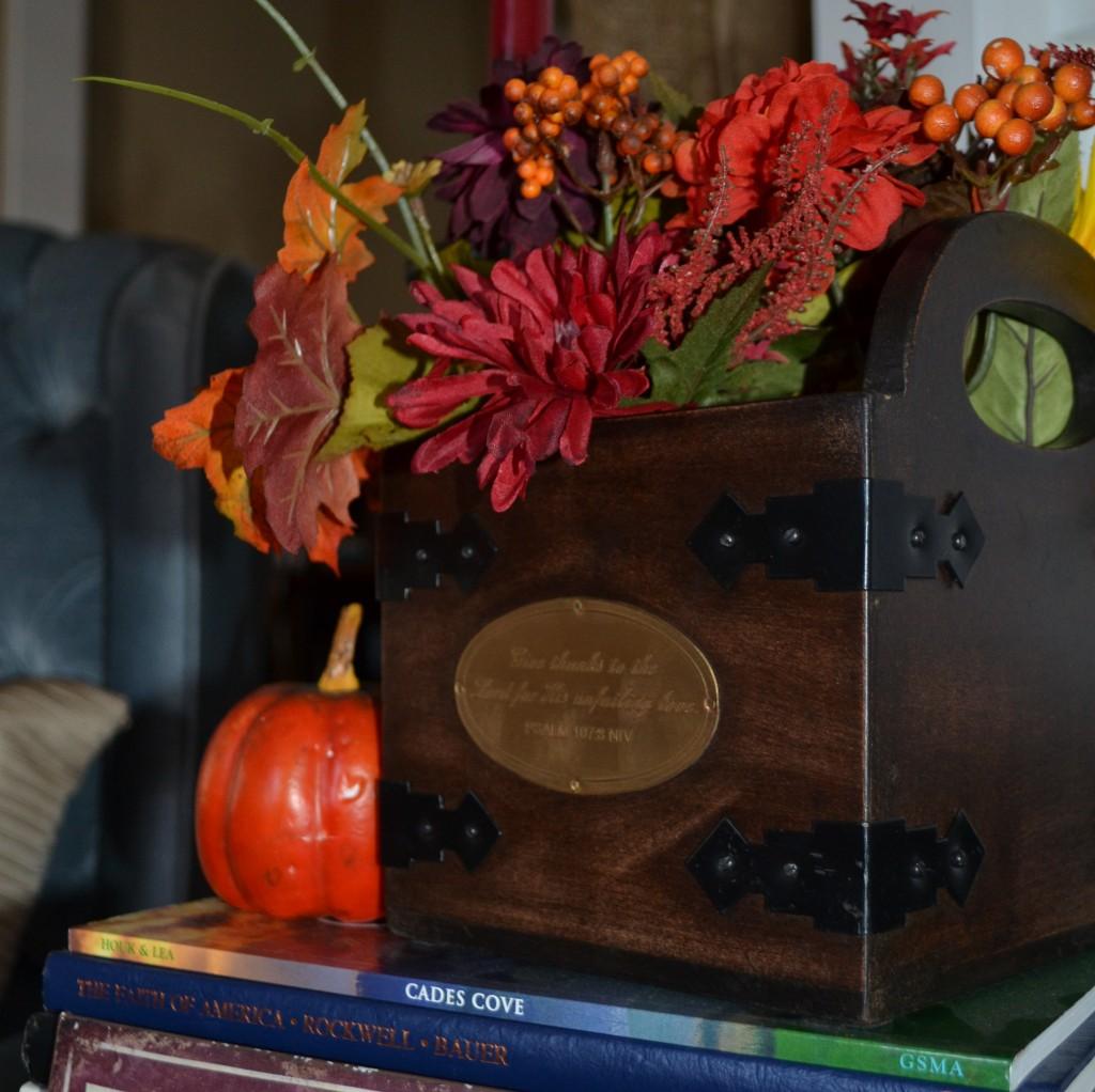Thanksgiving Floral Decor