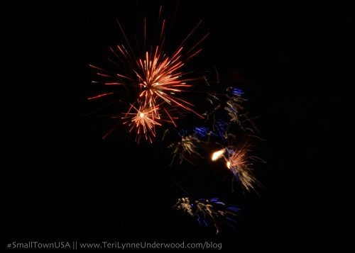 #SmallTownUSA Patriotism    www.TeriLynneUnderwood.com/blog