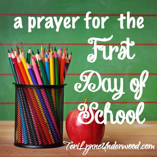 a prayer for students, teachers, and moms