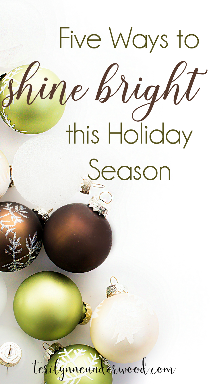 5 Ways to Shine Bright this Christmas
