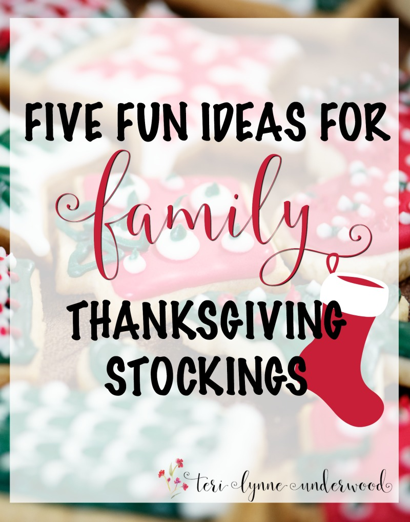 5 Fun Ideas for FAMILY Thanksgiving Stockings